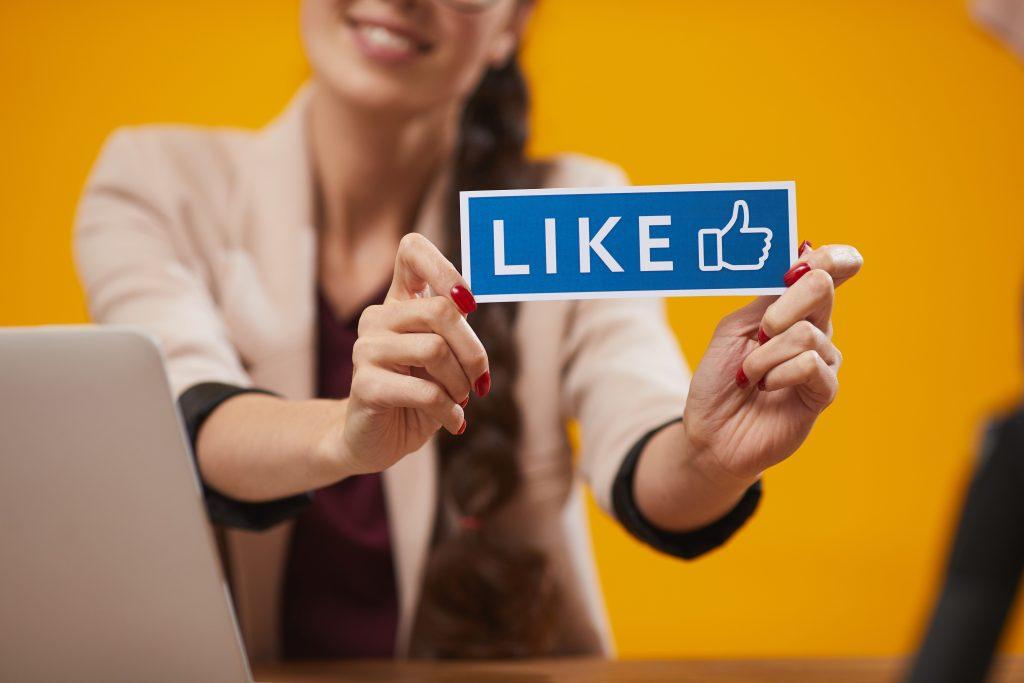 Los community manager y social media managers trabajan desde casa.