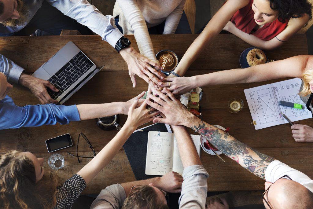 Equipos de trabajo comprometidos son el resultado de una buena gestión del capital humano.