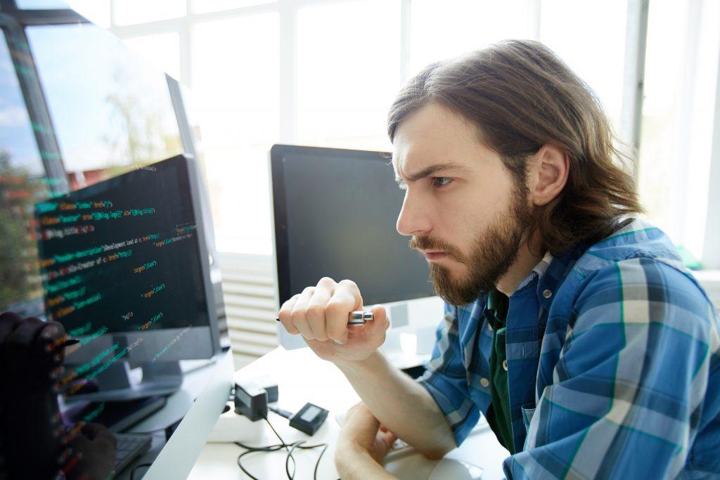Ataques a la seguridad informática en empresas.